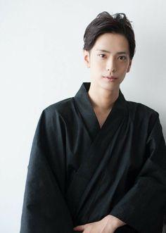 黒羽麻璃央さん Stage Play, Actors & Actresses, Mario, Japanese, Japanese Language