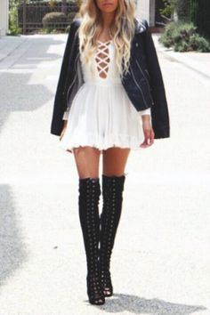 Swans Style is the top online fashion store for women. Shop sexy club dresses, jeans, shoes, bodysuits, skirts and more. Look Fashion, Trendy Fashion, Womens Fashion, Fashion Trends, Runway Fashion, Fall Outfits, Cute Outfits, Casual Outfits, Winter Stil