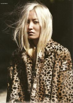 LE FASHION BLOG DAUL KIM LEOPARD AND LEATHER I-D MAGAZINE EDITORIAL PHOTOGRAPHER WILL DAVIDSON STYLIST ERIKA KURIHARA 2009 BLEACH BLONDE HAI...