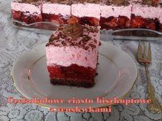 Czekoladowe ciasto biszkoptowe z truskawkami
