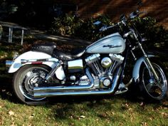 2005 Harley-Davidson DYNA GLIDE Cruiser , pearl white, 21,000 miles for sale in Beaver Dam, WI