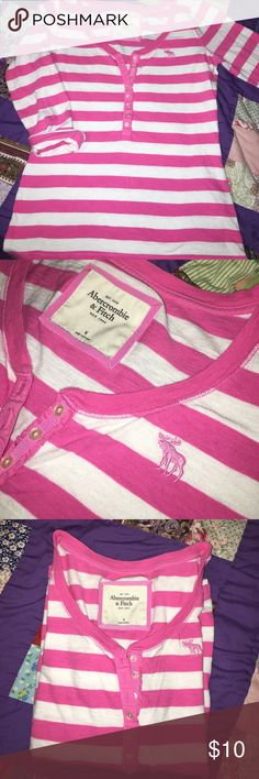 Abercrombie Pink 3/4 Tshirt 3/4 Tshirt Very Gently Used-In great Condition Abercrombie & Fitch Tops Tees - Short Sleeve