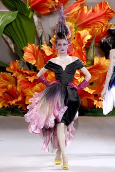 John Galliano http://visionaryartistrymag.com/2011/04/john-galliano-the-storyteller-of-fashion/