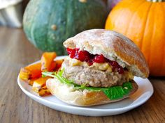 Hamburger Recipes : When You're Too Lazy to Make Thanksgiving Dinner, Make Turkey Burgers