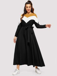 To find out about the Cut-and-sew Chevron Patter Belted Dress at SHEIN, part of our latest Arabian Clothing ready to shop online today! Hijab Fashion, Fashion News, Fashion Dresses, Woman Fashion, Hijab Dress, Dress P, Belted Dress, Size Model, Frocks