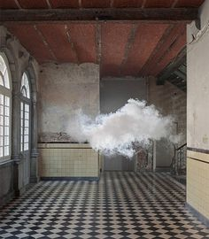 Artist Makes Indoor Clouds Using a Fog Machine For Photo Series