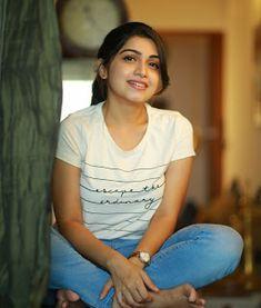 Actress Manasa latest pictures Beautiful Bollywood Actress, Beautiful Indian Actress, Beautiful Actresses, Cute Beauty, Beauty Full Girl, Beauty Women, Girl Friendship, Saree Photoshoot, Beautiful Girl Photo