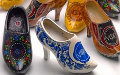 Victor & Rolf Dutch wooden clogs with high heels Dutch Wooden Shoes, Wooden Clogs, Crazy Shoes, Me Too Shoes, Victor And Rolf, Shoe Art, Catwalks, Shoe Boots, High Heels