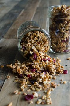 A sweet and crunchy gluten-free recipe perfect for breakfast or a midday snack. This recipe can be found on our bags of Organic Buckwheat Groats. Gluten Free Grains, Gluten Free Recipes, Brunch Recipes, Snack Recipes, Breakfast Recipes, Breakfast Ideas, Drink Recipes, Granola Clusters, Recipes