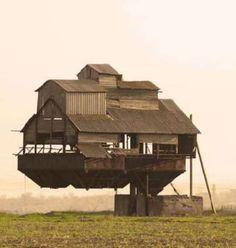 WEARD HOMES | Weird Houses around the World