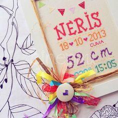 Ceren hanım *ın hayali ,   Neris , her rengi eşit sevsin diyerek hazırladığı odasına uyum sağlamasını istediği rengarenk bir panoydu ♥...