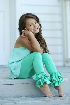 These soft cotton ruffle pants are tight fitting and adorn with three layers of ruffles. The perfect addition to any little girls wardrobe. Young Girl Fashion, Toddler Fashion, Toddler Outfits, Kids Outfits, Kids Fashion, Cute Little Girls Outfits, Cute Girls, Kids Photography Boys, Stunning Girls