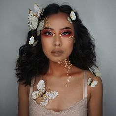 "I'm like a Butterfly Fairy kind of thing ✨ all I need now are some wings. You guys know the drill, comment a bunch of for a tutorial! (Used all @morphebrushes brushes to achieve this look) •@milanicosmetics conceal + perfect foundation (light beige) •@maybelline better skin concealer (light/medium) •@limecrimemakeup Venus Palette •@benefitcosmetics Ka-brow (05) •@primlashes ""dash"" (use my code joannav20 for 20% off) •@colourpopcosmetics super shock shadow (sailor) / super shock chee..."