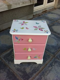 Upcycling a bedside chest of drawers
