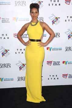 Strong, Powerful and a gorgeous colour - Alicia Keys in Stella McCartney