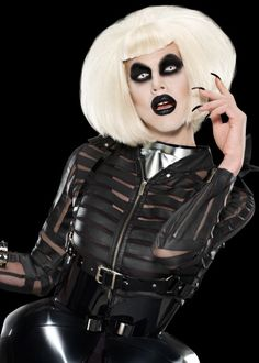 Sharon Needles.  My new favorite drag queen.