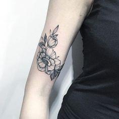 Forearm florals by Anna Bravo