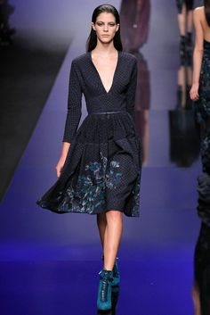 Elie Saab Fall 2013 Ready-to-Wear - Collection - Gallery - Style.com