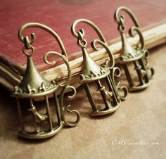 4pcs of Antique Bronze Ornate HALF 3D Birdcage Charms by CMVision