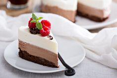 Receta de receta de tarta tres chocolates al microondas