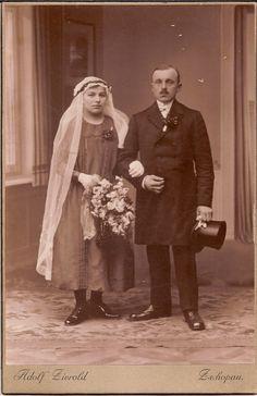 Vintage Photographs, Vintage Photos, Black Wedding Gowns, Wedding Garters, Black Bride, St Paddys Day, Vintage Weddings, Vintage Cards, Grooms