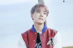 J-Hope ❤ BTS 'YOU NEVER WALK ALONE' Jacket Photo Shoot Sketch #BTS #방탄소년단