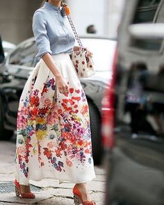 """42 Likes, 1 Comments - Women's fashion (@beauty_n_thebest) on Instagram: """"Yes or No? #streetstyle 🌺🌸🌼"""""""