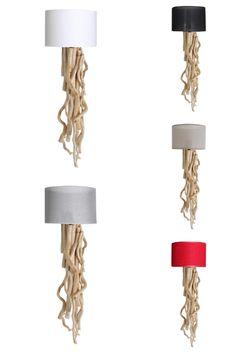 Wandlampje met natuurlijk hout en  verkrijgbaar in meerdere kleuren lampenkap, aan te passen bij het interieur. www.decoratietakken.nl Sconces, Wall Lights, Lighting, Home Decor, Chandeliers, Appliques, Decoration Home, Room Decor, Sconce Lighting