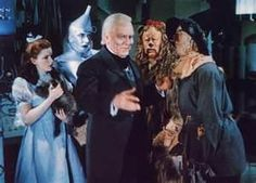 Welcome to the Wizard Of Oz Quotes lens. The Wizard Of Oz is one of the greatest classic family sing along movies ever made. This classic movie. Wizard Of Oz Film, Wizard Of Oz Characters, Wizard Of Oz 1939, Movie Characters, Tolkien, Dorothy Gale, Cinema, Fear Of Flying, Land Of Oz