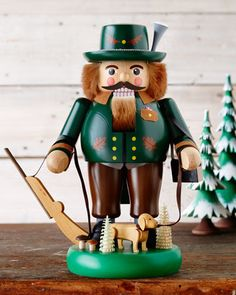 Hunter Nutcracker by GLAESSER