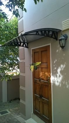 AWA A1050 AWA Awnings supplied a backdoor solution