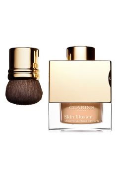 Silky, loose powder foundation with mineral & plant extracts | Clarins