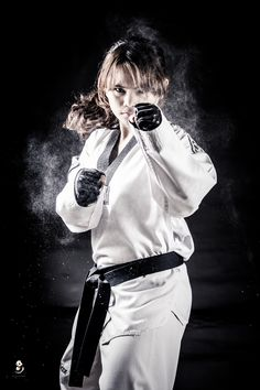 On your gaurd! by Mark Raphael Edillon on 500px  Check out all of the fitness tips, workout ideas and  martial arts info http://www.thefightmechanic.com