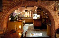 #tuscany #tavern #osteriadellalodola