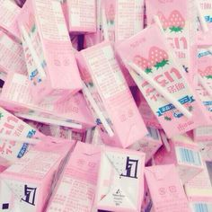 I'm craving strawberry milk all of a sudden!