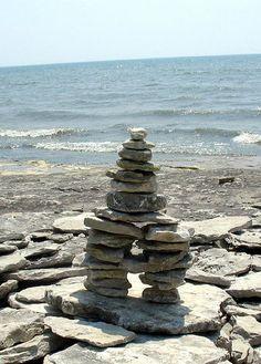 An inukshuk found at Stone Road Alvar. Zen Rock, Rock Art, Land Art, Stone Balancing, Stone Road, River Stones, Arctic Circle, Stone Sculpture, Birdhouse