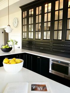 Black kitchen cabinets <3