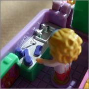 Pet Surgery on the go Polly Pocket