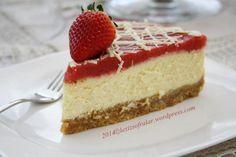 CILEK SOSLU BEYAZ CIKOLATALI CHEESECAKE – Lezizsofralar'a Hosgeldiniz Vanilla Cake, Cheesecake, Food And Drink, Desserts, Fairytail, Tailgate Desserts, Deserts, Cheesecakes, Postres