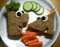 My kids wanted me to make Disney Phineas and Ferb sandwiches for their lunch tomorrow and that I did.