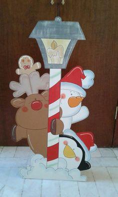 an outdoor wood craft. Christmas Yard Art, Christmas Wood Crafts, Christmas Drawing, Office Christmas, Christmas Signs, Outdoor Christmas, Holiday Crafts, Vintage Christmas, Christmas Ornaments