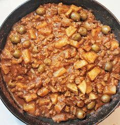 Puerto Rican-style picadillo, or carne molida. This recipe is VEGAN! Best served with a side of white rice, plantains, and sliced avocado. Puerto Rican Recipes, Cuban Recipes, Puerto Rican Picadillo Recipe, Spanish Recipes, Meatless Ground Beef, Vegan Ground Beef, Spanish Dishes, Spanish Food, Habichuelas Guisadas Recipe
