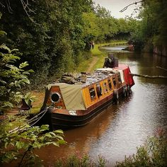 August 2015 Narrowboat Recalcitrant. Cratch cover made from old canvas.Total cost £30
