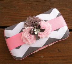 Shabby chic wipe case  $16 Wipes Box, Wipes Case, Cute Baby Shower Ideas, Wipes Container, Reborn Baby Dolls, Diaper Bags, Baby Crafts, Diy Baby, Nifty