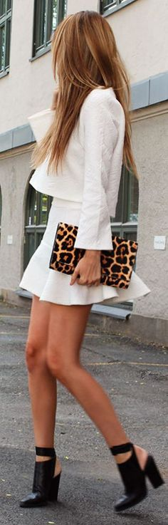 Love this white outfit! // Saint Laurent Leopard Hair Calf Envelope Clutch by Stylista Fashion Mode, Look Fashion, Womens Fashion, Fashion Trends, Teen Fashion, Runway Fashion, Latest Fashion, Skirt Fashion, Fashion Clothes