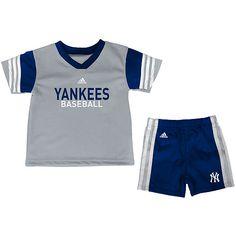 Yankees Toddler Top and Short Set