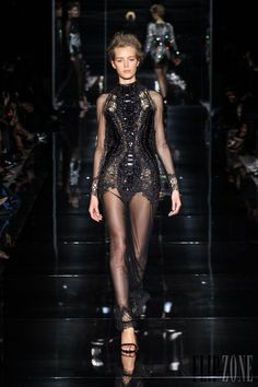 Tom Ford - Ready-to-Wear - Spring-summer 2014 - http://www.flip-zone.net/fashion/ready-to-wear/fashion-houses-42/tom-ford-4137 - ©PixelFormula