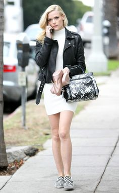 Comfort is Key from Jaime King's Street Style | E! Online