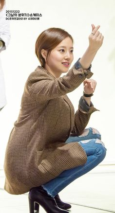 20151222 그날의분위기 쇼케이스 직찍 - 문채원 갤러리 Jun Ji Hyun, Moon Chae Won, Korean Celebrities, Best Actress, Korean Girl, Cool Hairstyles, Actors, Lady, Hair Styles
