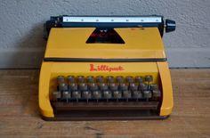 Machine à écrire vintage rétro années 70